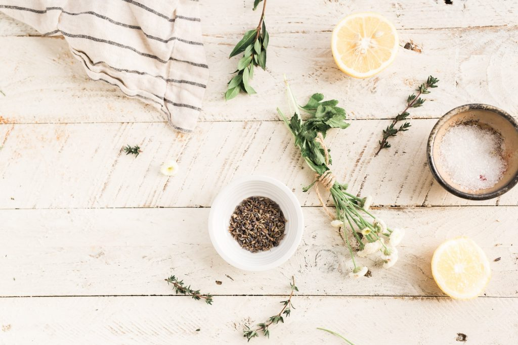 6 DIY Herbal Face Masks to Feed your Skin